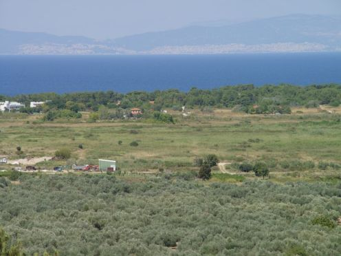 And this is where the airfield will be prepared. The hotel is to the left of the picture, and the port of Kavala is visible on the mainland over the water. The field will be 600m x 100m, and should allow us to operate in a reasonable range of wind directions.